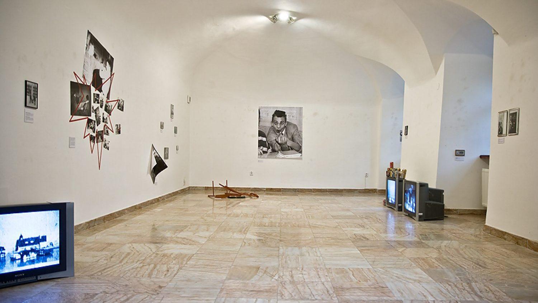 Skats no Ivara Grāvleja instalācijas Bratislavā