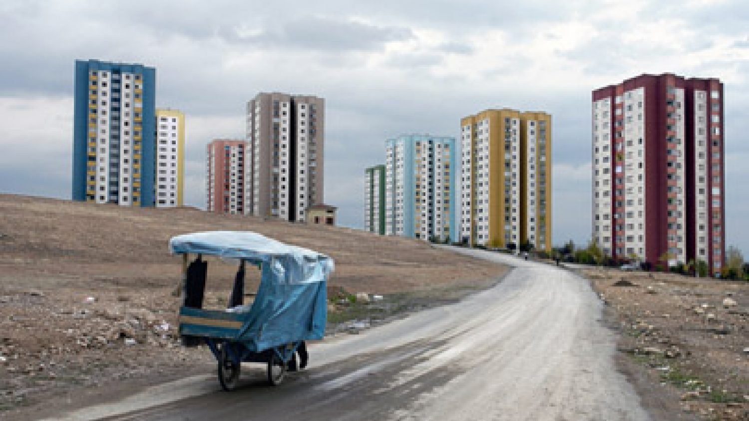 Džordžs Džordžio, New housing project, Elazig, Turkey