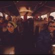 Rons Hofmans (Hoffman, Ron), Aspenas slēpotāju asociācija nodrošina bezmaksas autobusu servisu uz dažādiem slēpošanas kūrortiem. Garākais brauciens ir 30 minūtes (01/1974)