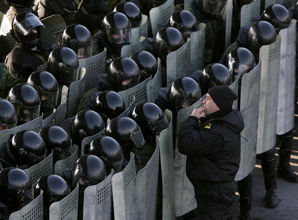 Vasīlijs Fedosenko. Masu protesti pēc prezidenta vēlēšanām 2006. gadā