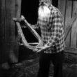 Uģis Niedre. Mēdzūla. Skarainis - veco lietu un dabas veidojumu kolekcionārs. 1983. gads