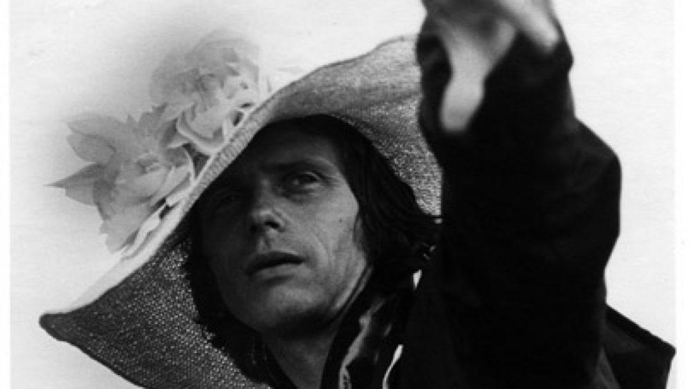 J. Kreicbergs fotosesijas laikā. Foto - Ilga Sūna. 70. gadu beigas (fragments)