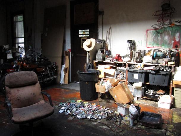 Gleznotāja Rodnija Diksona darbnīca. Foto - Arnis Balčus