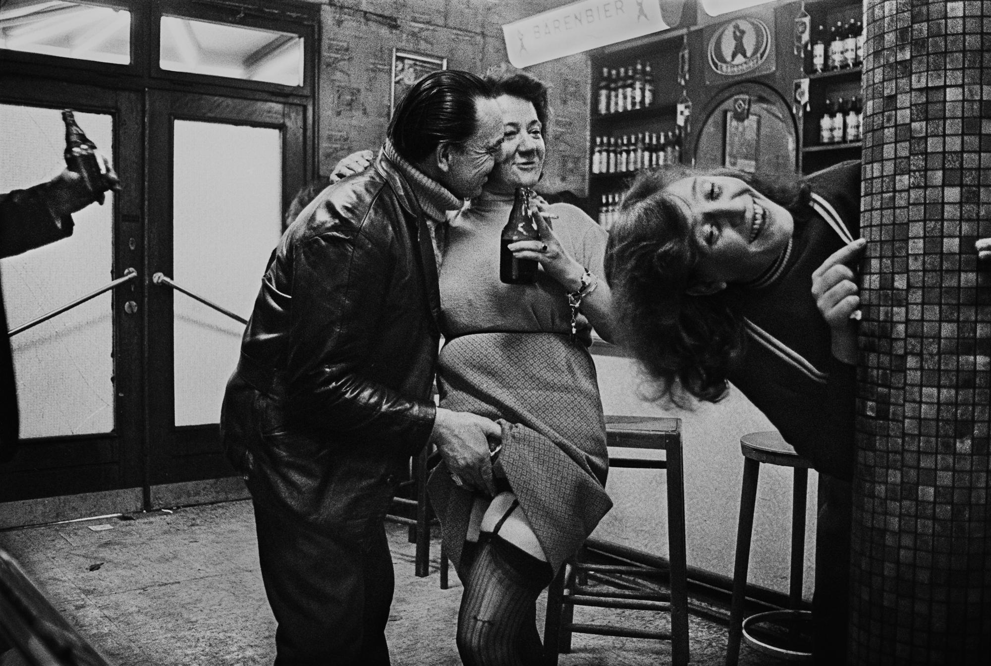 """Anderss Petersens. No sērijas """"Café Lehmitz"""", Hamburga, 1970"""