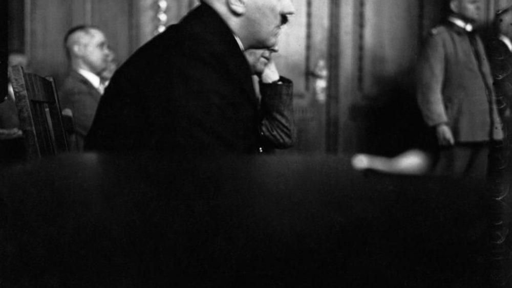 Leo Rozentāls. Ādolfs Hitlers, Edenpalast process, 1931