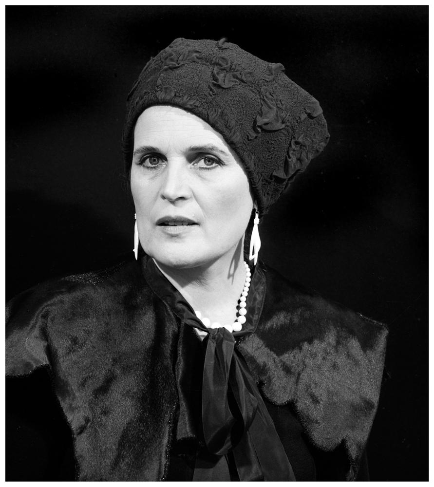 Māra Brašmane. Maija Tabaka. 1999