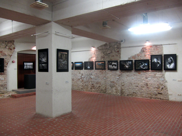Rīgas fotokluba izstāde Rīgas Mākslas telpā