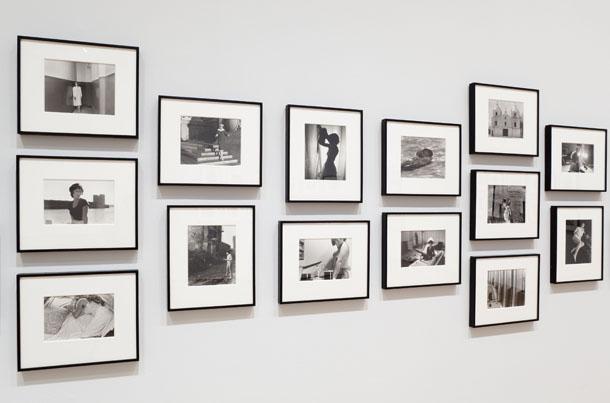 """Sindijas Šērmanes """"Kinokadri"""" Modernās mākslas muzejā Ņujorkā"""