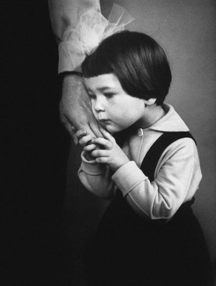Antanas Sutkus. Mother's hand, Vilnius, 1966