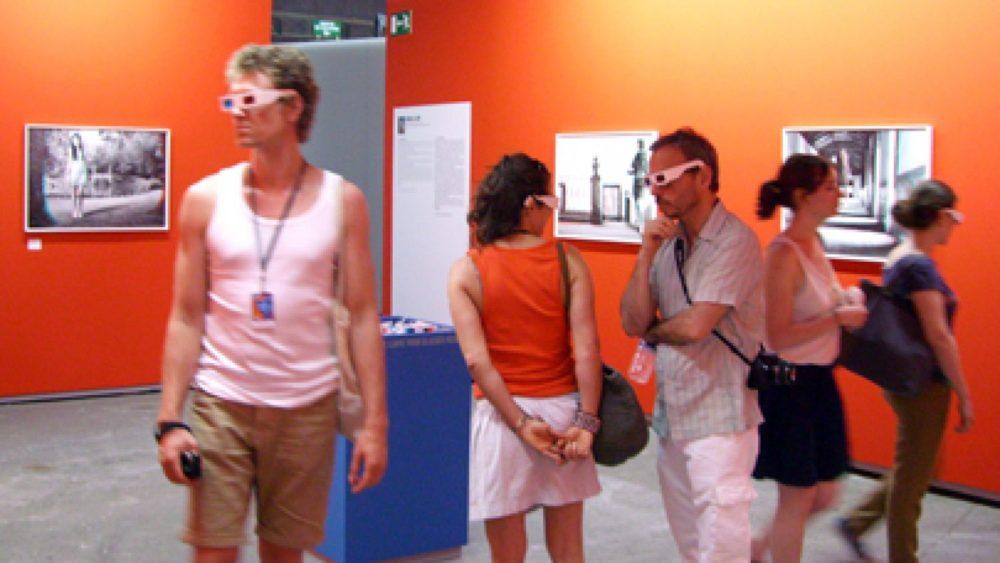 Mireijas Lū (Mireille Loup) fotogrāfijas jāaplūko ar 3D brillēm