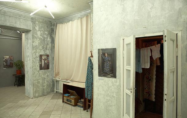 Vitālija Brusinska izstāde Baltkrievijas dizaineru savienības galerijā. Foto - Vitālijs Brusinskis
