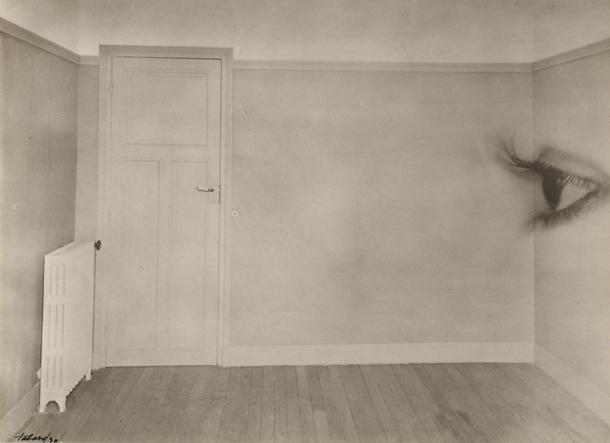 Moriss Tabārs. Istaba ar aci. 1930