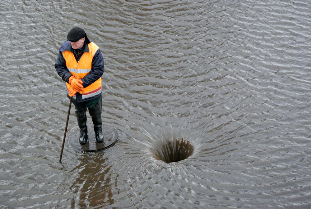 Vētras sekas Rīgā€š 2007. gada 15.janvārī. Foto - Andrejs Strokins