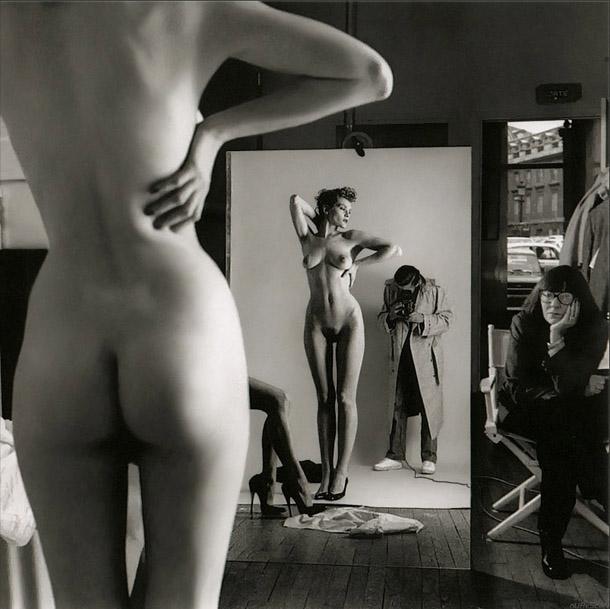 Helmuts Ņūtons. Pašportrets ar sievu un modeli, Vogue, 1980