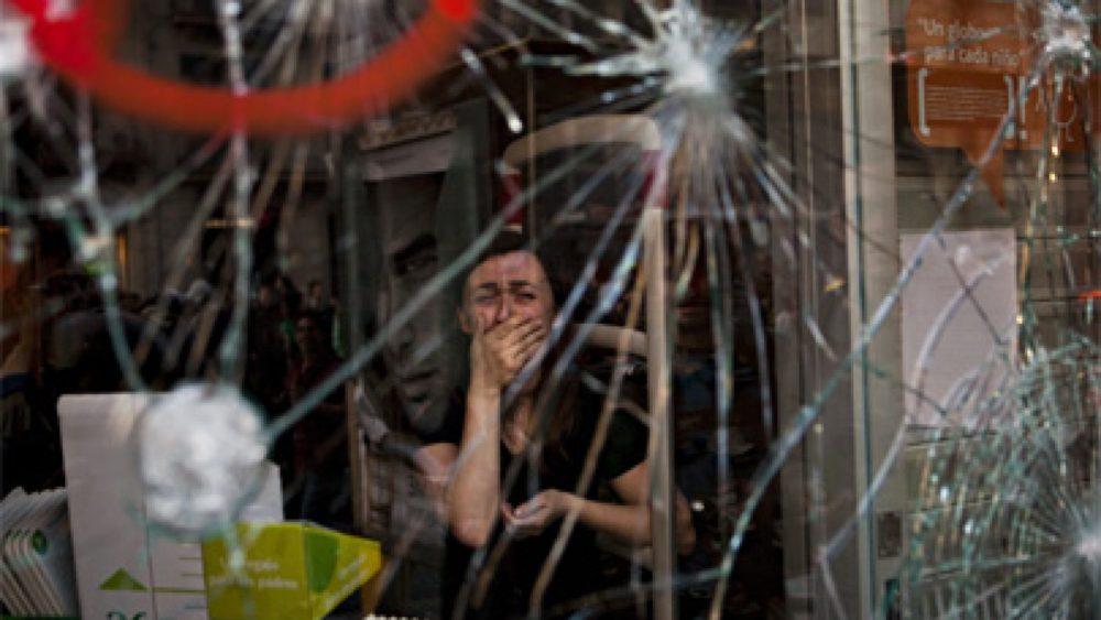 """Emīlio Morenatti. Barselonas demonstrācijas. 3. vieta kategorijā """"Contemporary issues"""""""