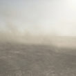 Mikele Palaci. Mongolija, Gobi, Omongovi, 2013. Vēja saceltie ogļu putekļi Tavan Tolgoi raktuvēs.