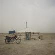 Mikele Palaci. Mongolia, Gobi, Omongovi, 2012 Nomadu ģimenes dzīvesvieta.