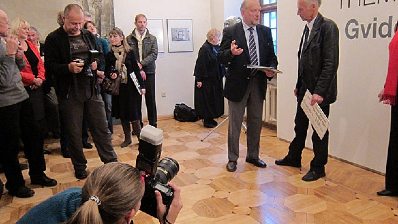 Gvido Kajona izstādes atklāšana Fotomuzejā. Foto - Arnis Balčus