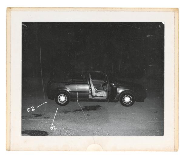 """Klēra Strenda. No sērijas """"Piepūles pazīmes"""" (""""Signs of a Struggle""""), 2001-2002"""