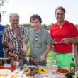 Markoss Lopess (centrā) kopā ar Bolderājas piknika dalībniekiem.