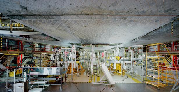 Tomass Struts. Kosmosa kuģis 1. Kenedija kosmosa centrs, 2008. 197,3 x 374,7 cm