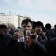 """Kristofers Nans. Prokrievisks protests. Doņecka, 2014. gada marts. No sērijas """"Kaulu rinda"""""""