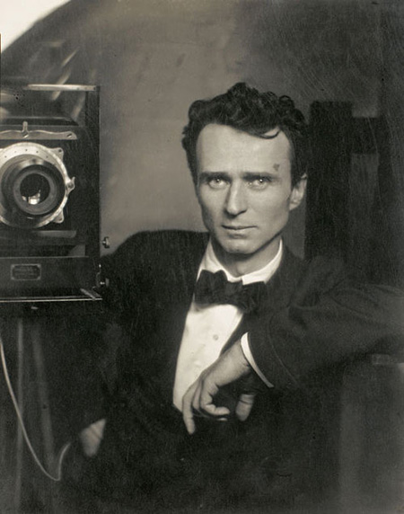 Edvards Steihens. Pašportrets, 1917