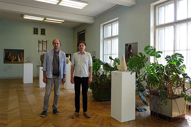 Lukāšs Jasanskijs un Martins Polāks izstādē. Foto - Ivars Grāvlejs