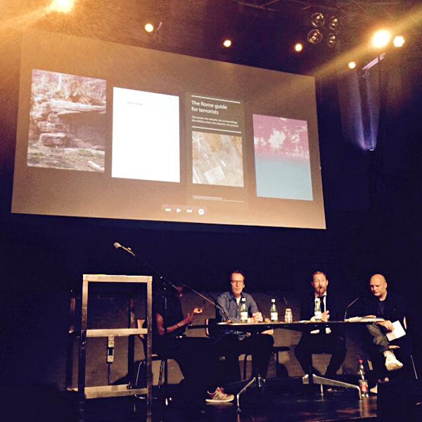 Unseen Dummy Award žūrija - Anna-Aliksa Kofi, Pauls Vanmamerens, Saimons Beikers un Pauls Kuikers paziņo uzvarētāju. Foto - Inga Erdmane