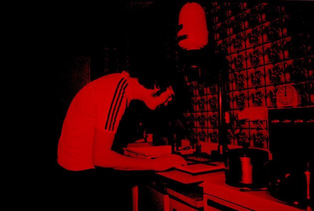 Fotogrāfiju kopēšana tumšajā telpā