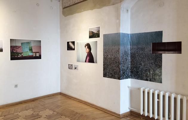 """Kristīnes Madjares izstāde """"Iekšzeme"""" Fotomuzejā. Foto - Arnis Balčus"""